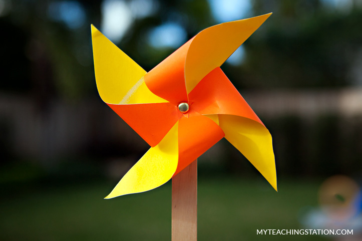 how to make a simple pinless pinwheel with your